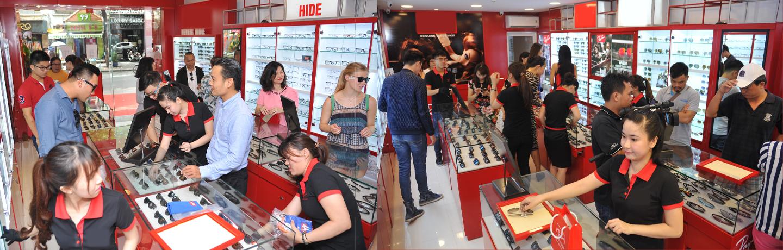 http://raybanstore.vn/hinh-anh-khai-truong-ray-ban-store-dau-tien-tai-viet-nam-ngay-15/3/2016